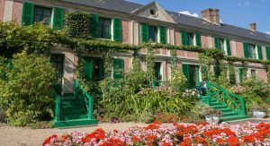GUIDED TOUR TO GIVERNY: CLAUDE MONET'S HOUSE AND GARDENS
