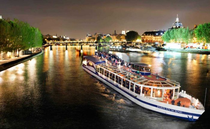 THE SPARKLING CRUISE